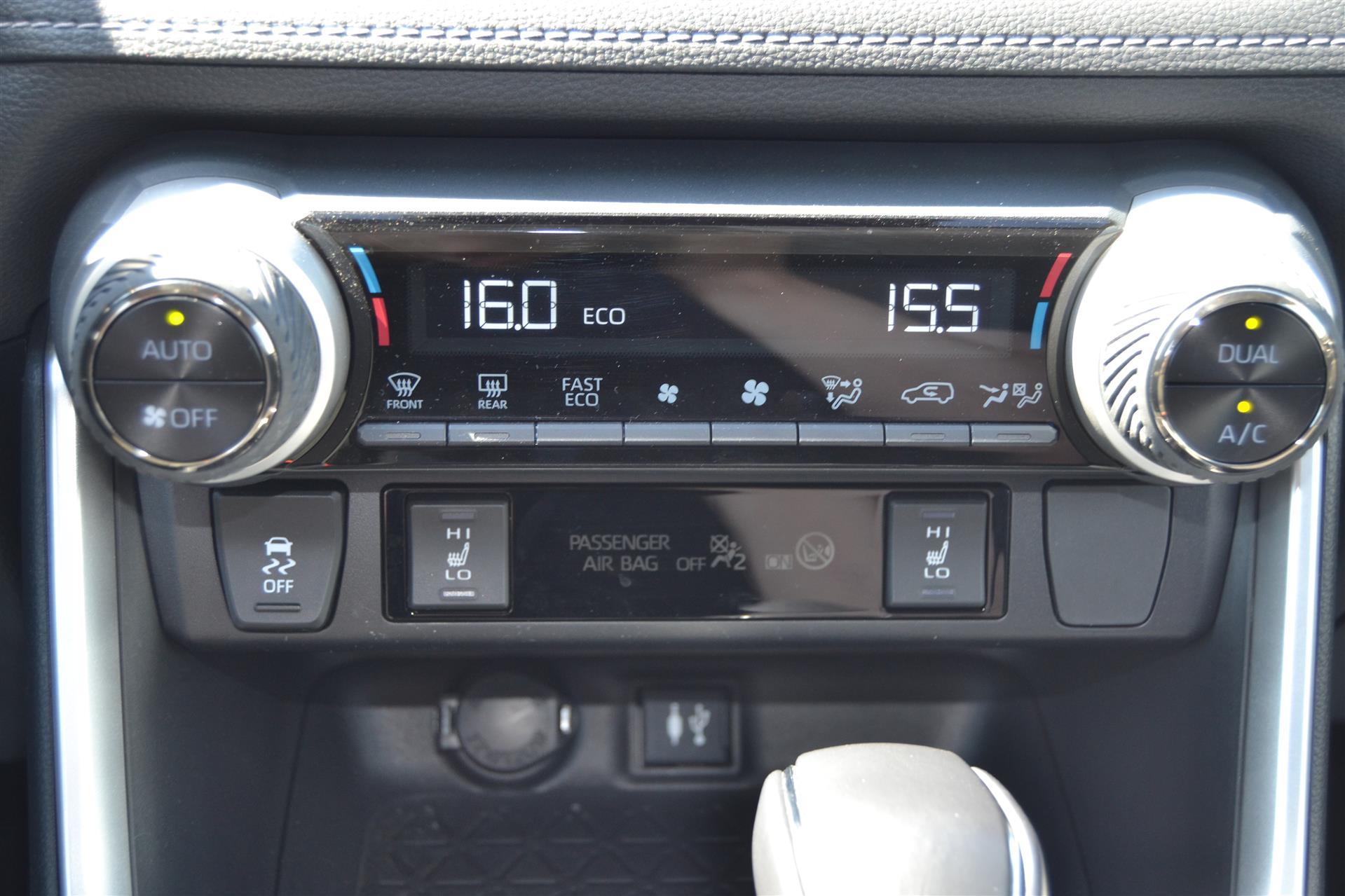 Billede af Toyota RAV4 2,5 B/EL H3 218HK 5d 6g Aut.