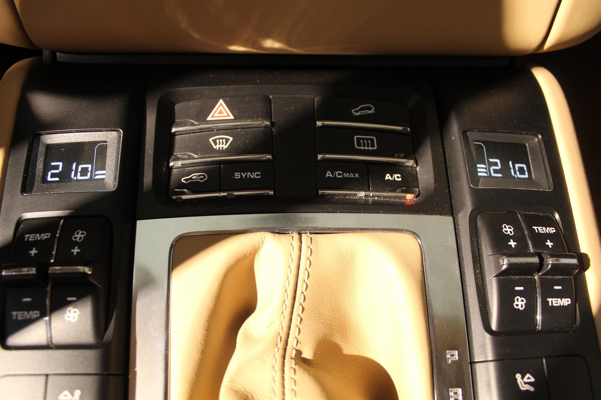 Billede af Porsche Macan Turbo 3,6 PDK 400HK 5d 7g Aut.