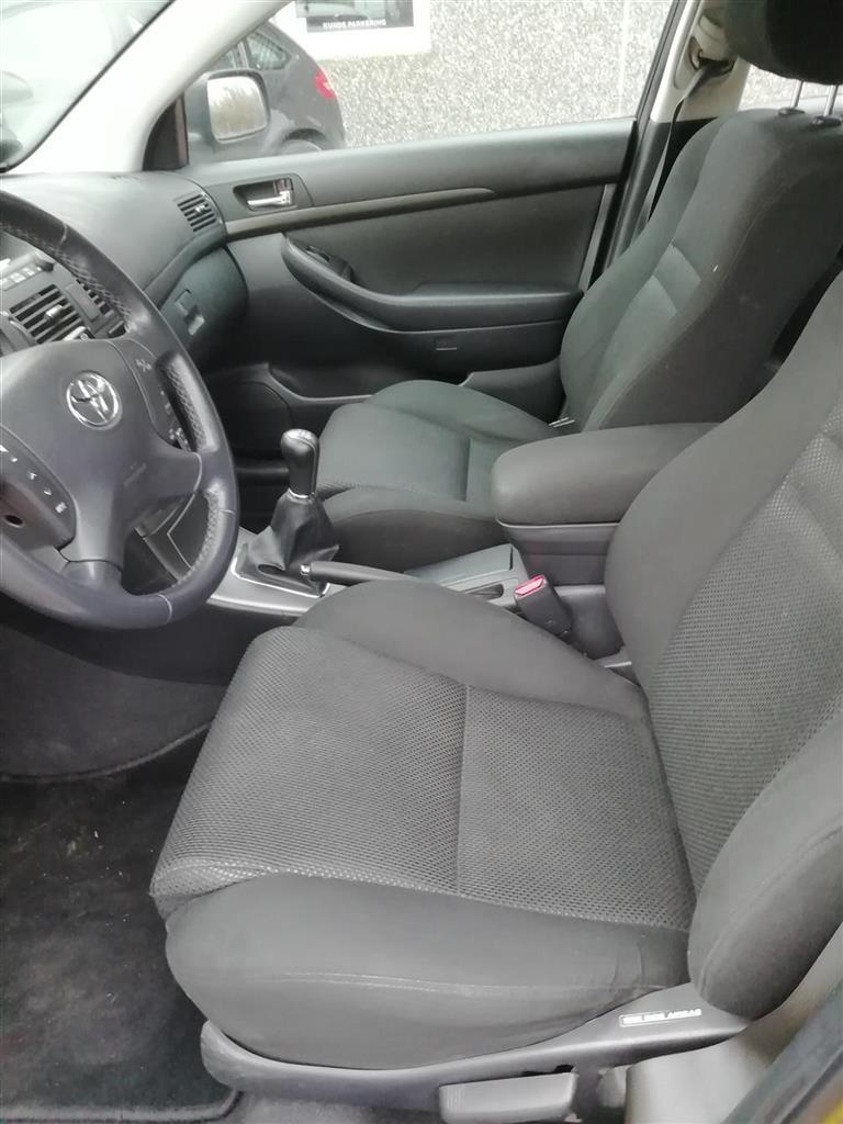 Toyota Avensis 1,8 Linea Sol 129HK Stc
