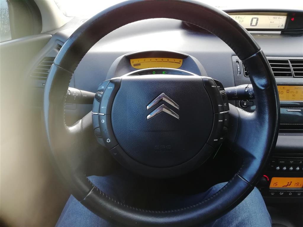 Citroën C4 2,0 i 16V Exclusive 143HK 5d