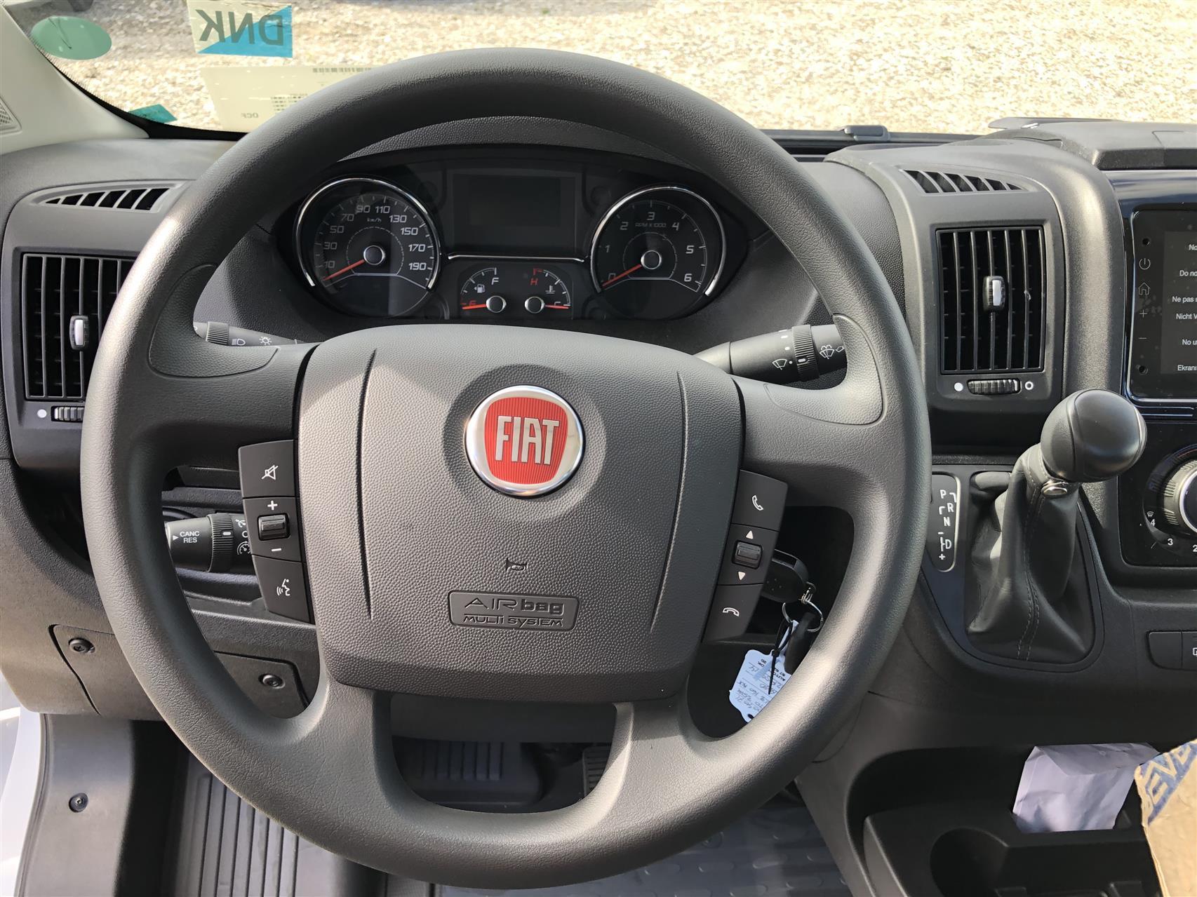 Billede af Fiat Ducato 35 L3H2 2,3 MJT Professional Plus - 9trins automatik 140HK Van