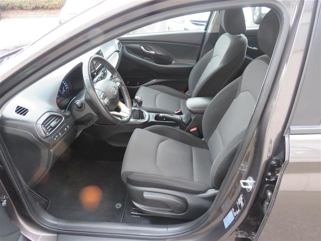 Hyundai i30 1,6 CRDi D Life Plus 110HK 5d 6g