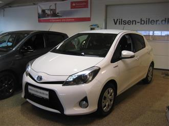 Toyota Yaris 1,5 VVT-I  Hybrid Style Navi E-CVT 100HK 5d Aut.