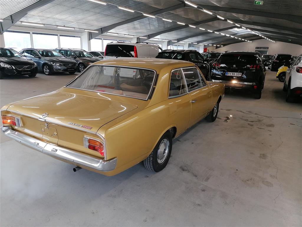 Opel Rekord 1,9 90HK