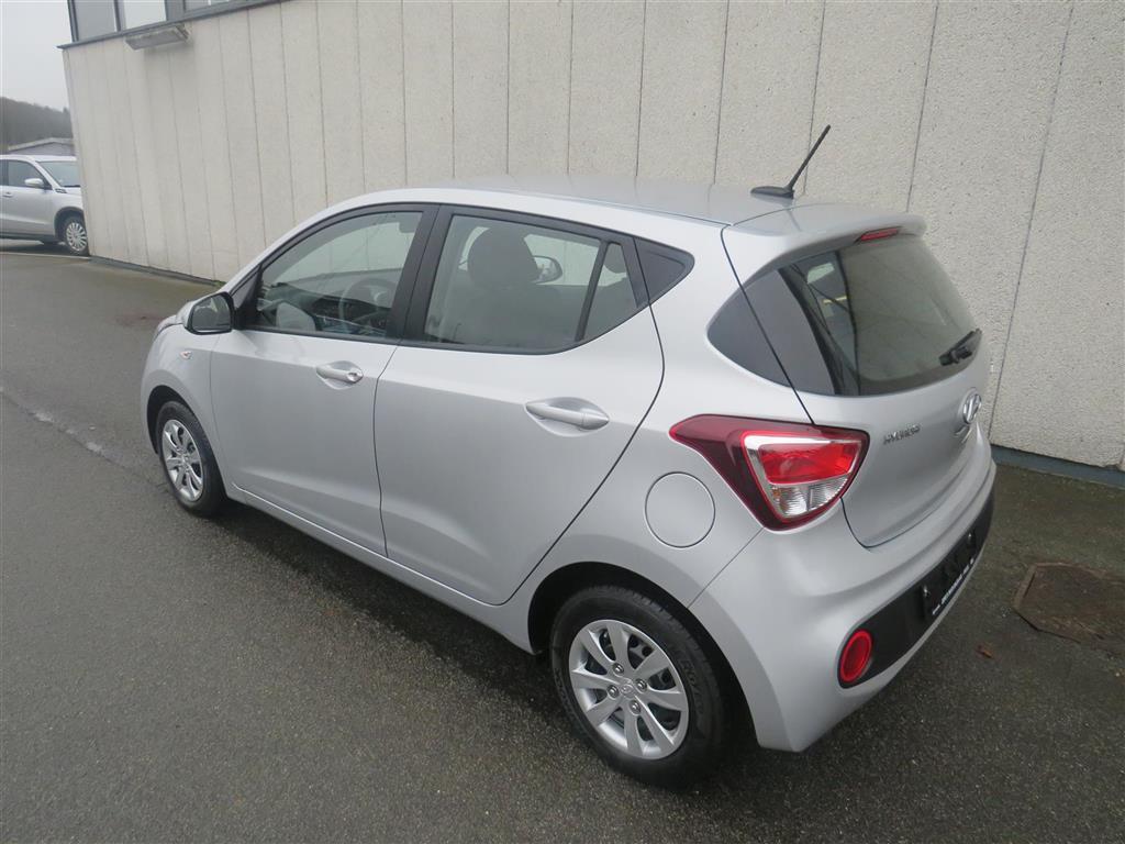 Hyundai i10 1,0 Touch 66HK 5d