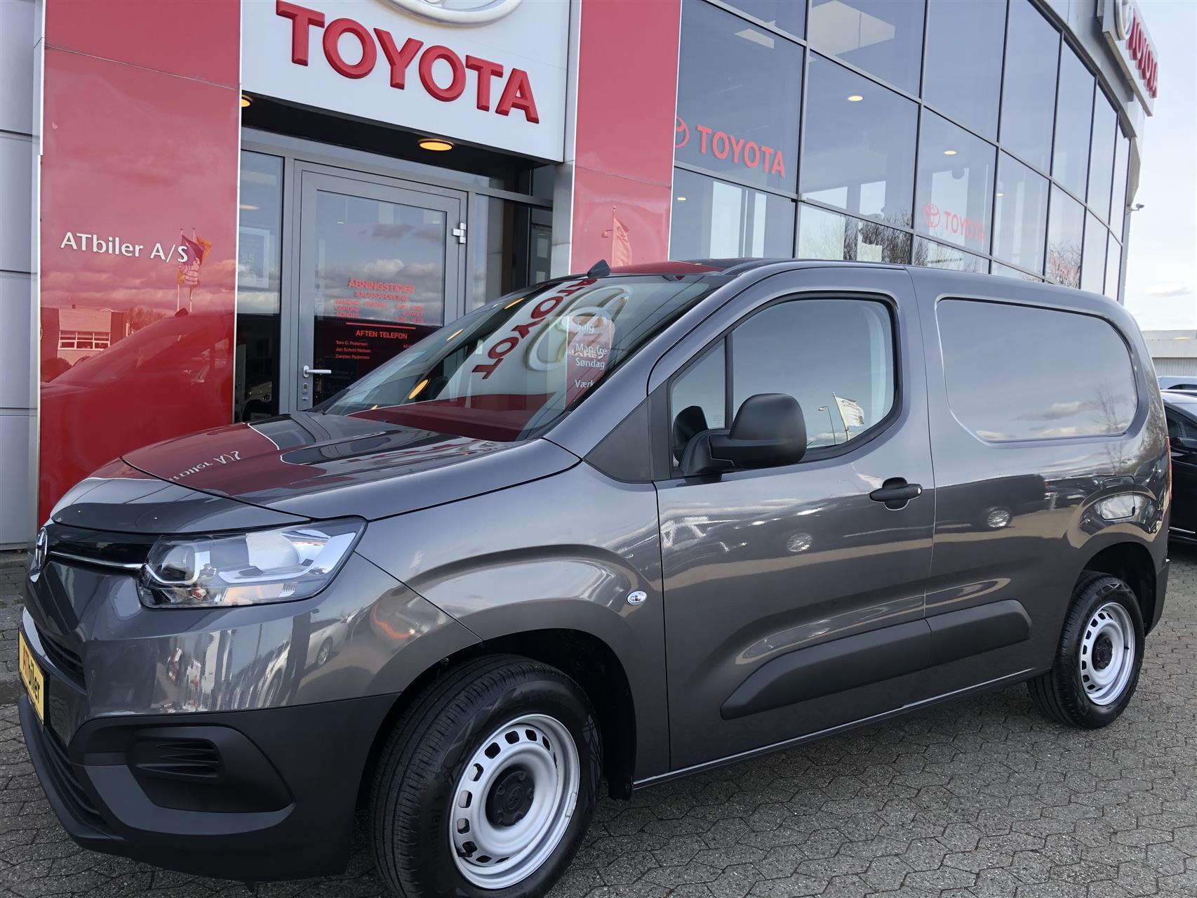 Billede af Toyota Proace City Medium 1,5 D Base+ 75HK Van
