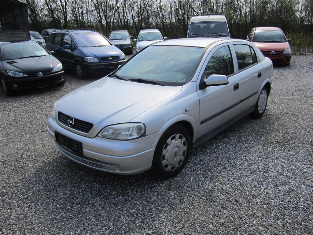 Opel Astra 1,6 Comfort 84HK 5d