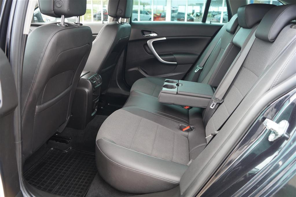 Opel Insignia Sports Tourer 2,0 CDTI DPF Cosmo 160HK Stc 6g