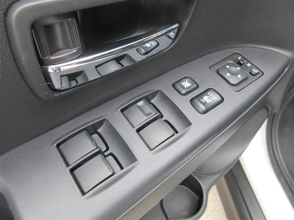 Mitsubishi ASX 1,6 Invite 117HK 5d