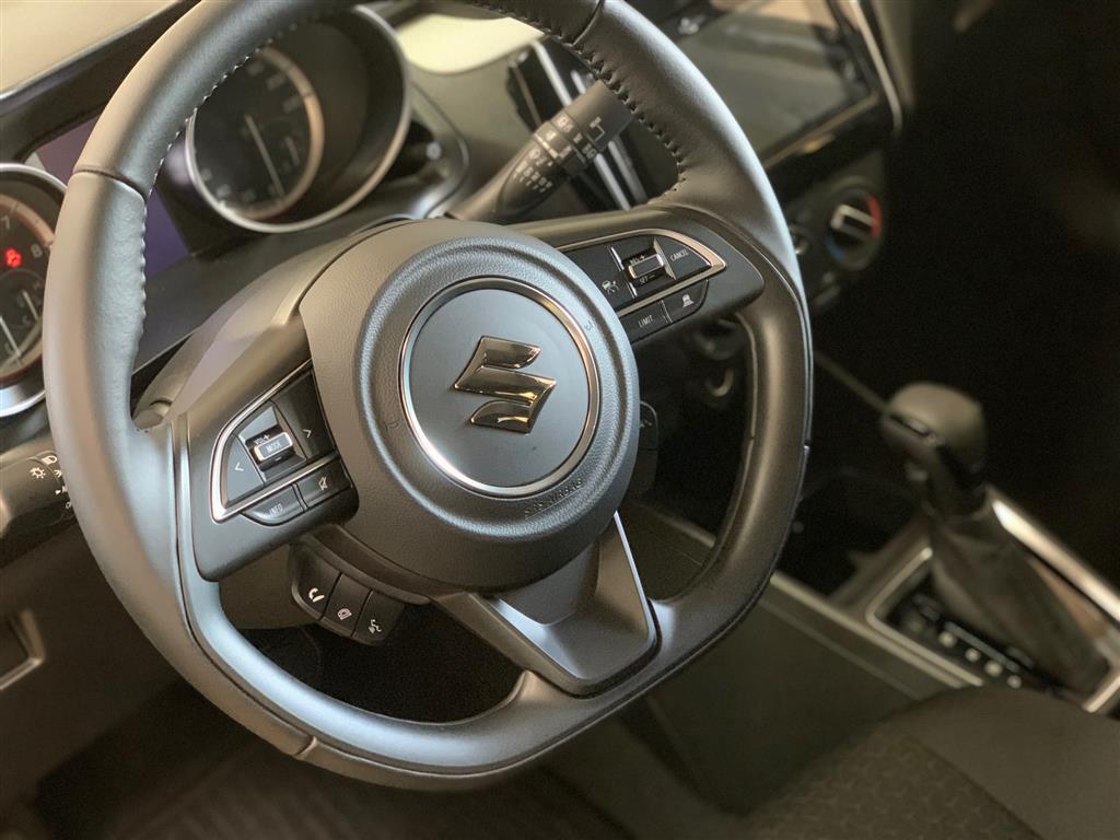 Suzuki Swift 1,2 Dualjet  Mild hybrid Action AEB Hybrid CVT 83HK 5d Trinl. Gear