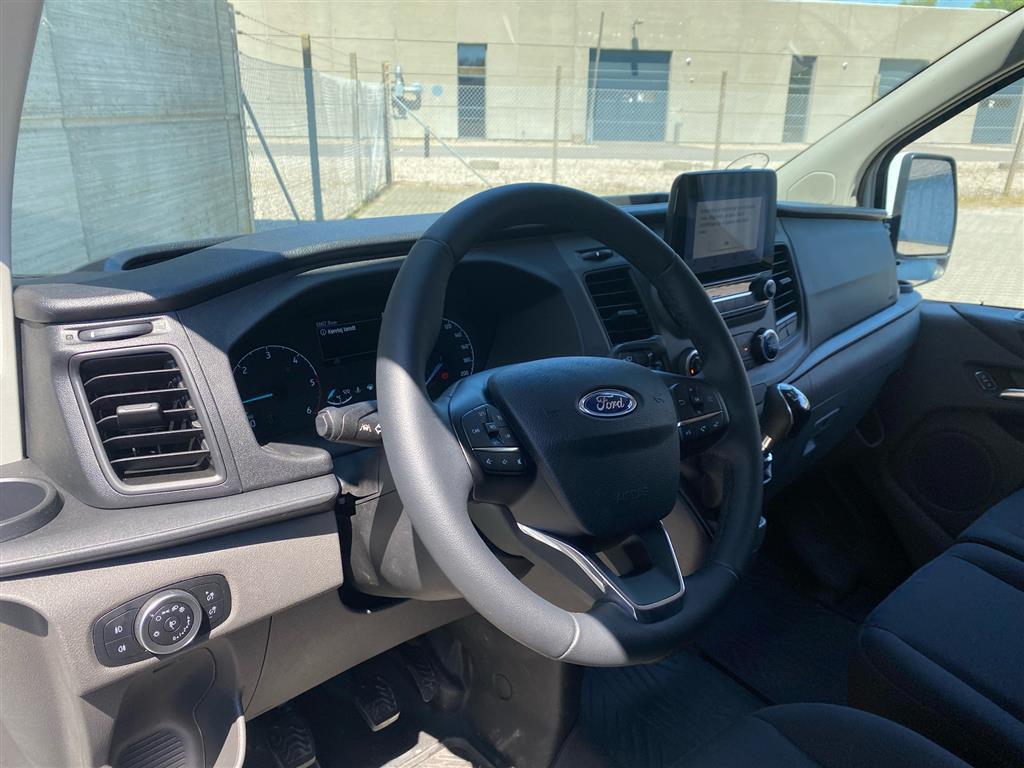 Ford Transit Custom 300 L2H1 2,0 TDCi Trend 170HK Van 6g