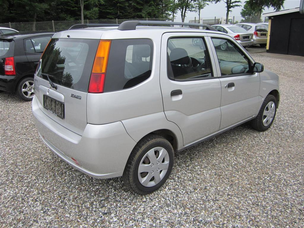 Suzuki Ignis 1,3 GL 94HK 5d