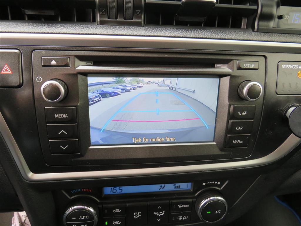 Toyota Auris 1,8 VVT-I  Hybrid H2 Premium E-CVT 136HK 5d Aut.
