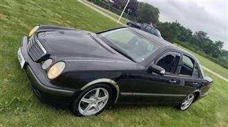 Mercedes-Benz E320 d 3,2 CDI 197HK Aut.