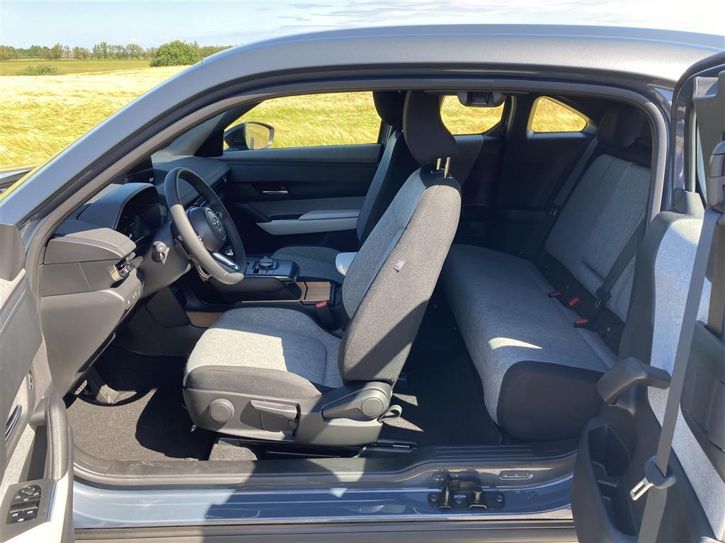 Mazda MX-30 e-Skyactiv Sky Plus 143HK 5d Aut.