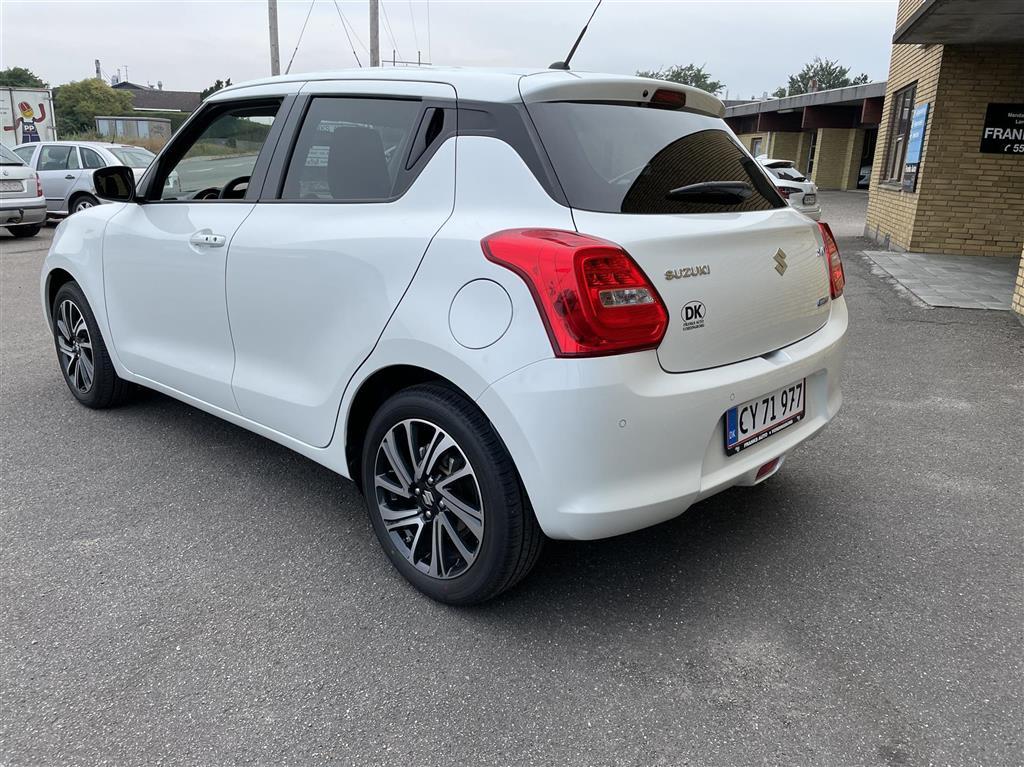 Suzuki Swift 1,2 Dualjet  Mild hybrid Exclusive AEB Hybrid 83HK 5d