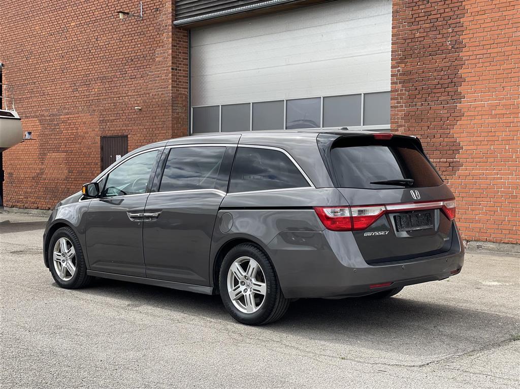 Honda Odyssey MPV 3,5 V6 Touring Elite 8-Pers.oners Aut. 244HK