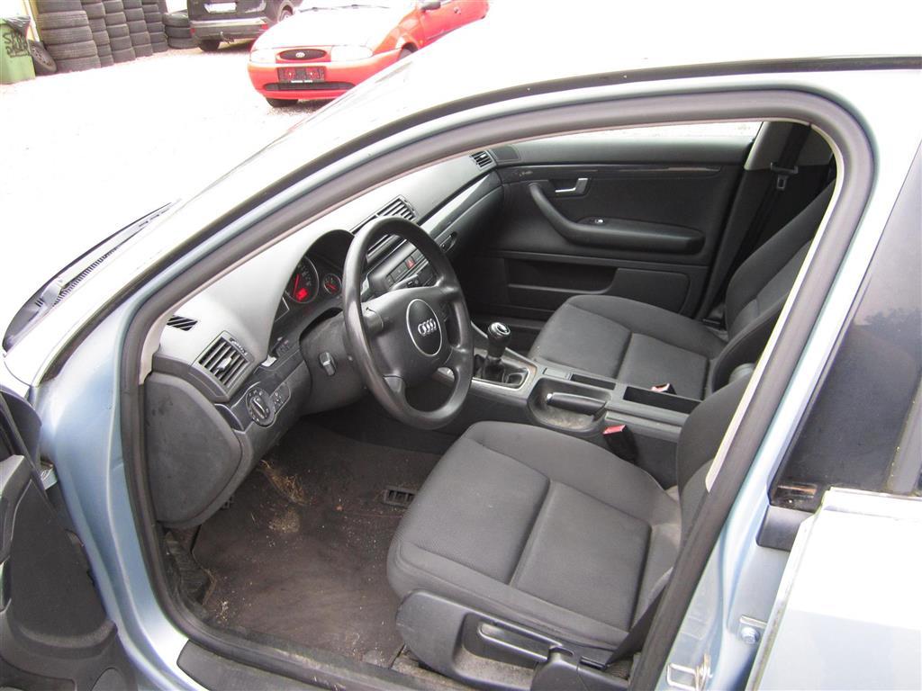 Audi A4 1,6 102HK