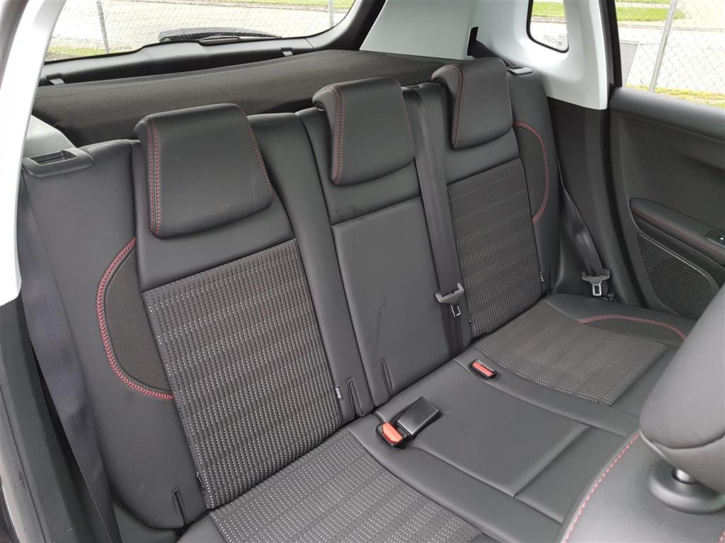 Peugeot 2008 1,6 BlueHDi GT Line 100HK