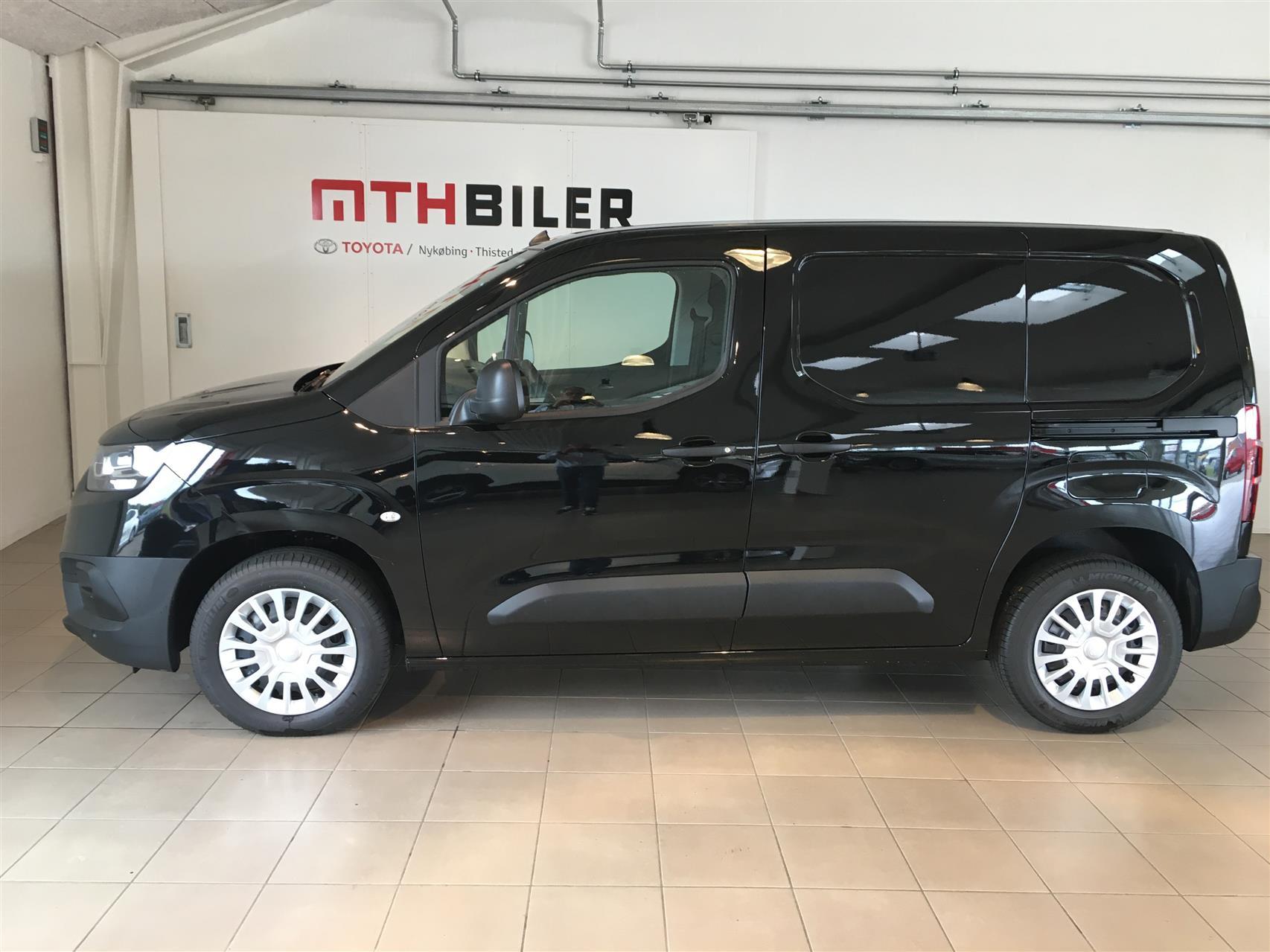 Billede af Toyota Proace City Medium 1,5 D Comfort Smart Active Vision 102HK Van