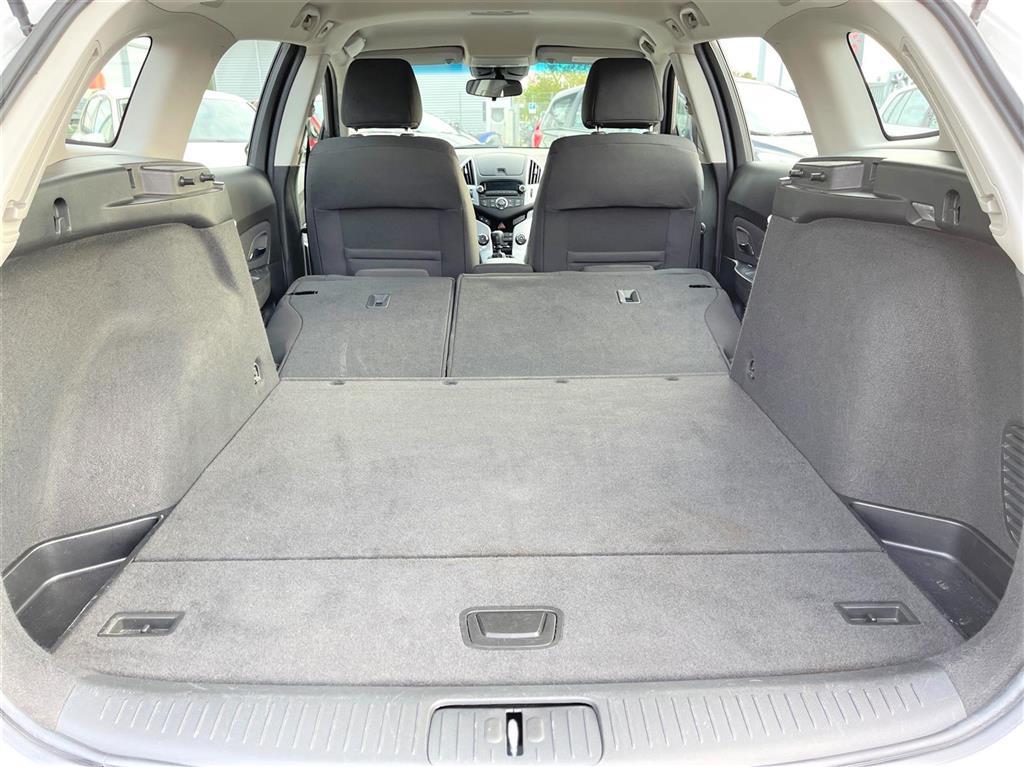 Chevrolet Cruze 1,8 LT 141HK Stc
